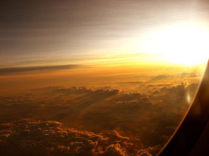 The_Plane__s_Window_by_keepyoureyeswideopen
